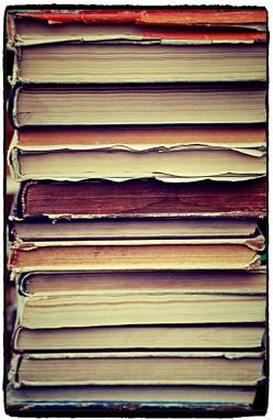 stackedbooksFotor
